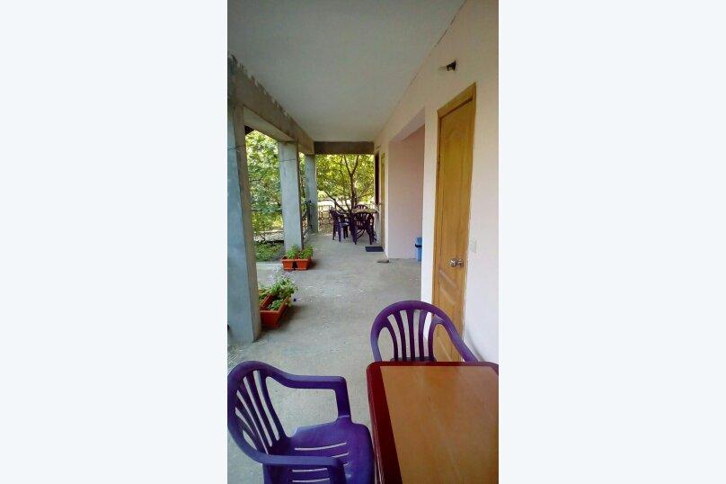 """Гостевой дом """"На Мартынова 53"""", Мартынова, 53 на 4 комнаты - Фотография 5"""