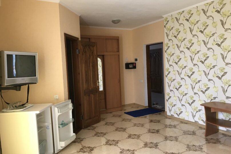 2-х комнатный «Люкс, Клубный переулок, 14, Коктебель - Фотография 1