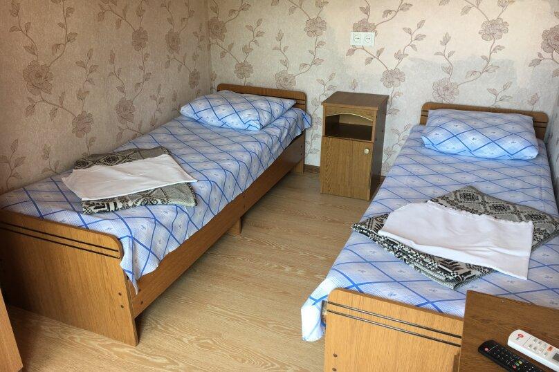 """Гостевой дом """"Джалала"""", Приморская улица, 23 на 6 комнат - Фотография 2"""