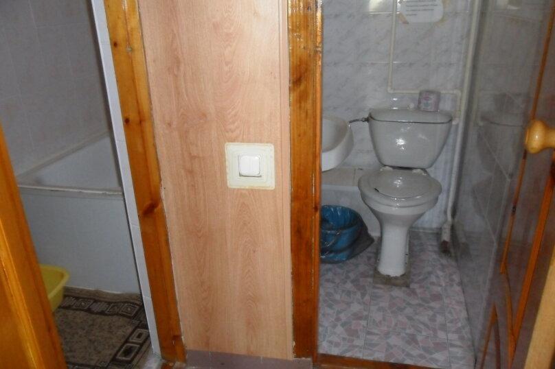 Комнаты для летнего отдыха с удобствами, улица Тургенева, 261 А/2 на 4 комнаты - Фотография 34