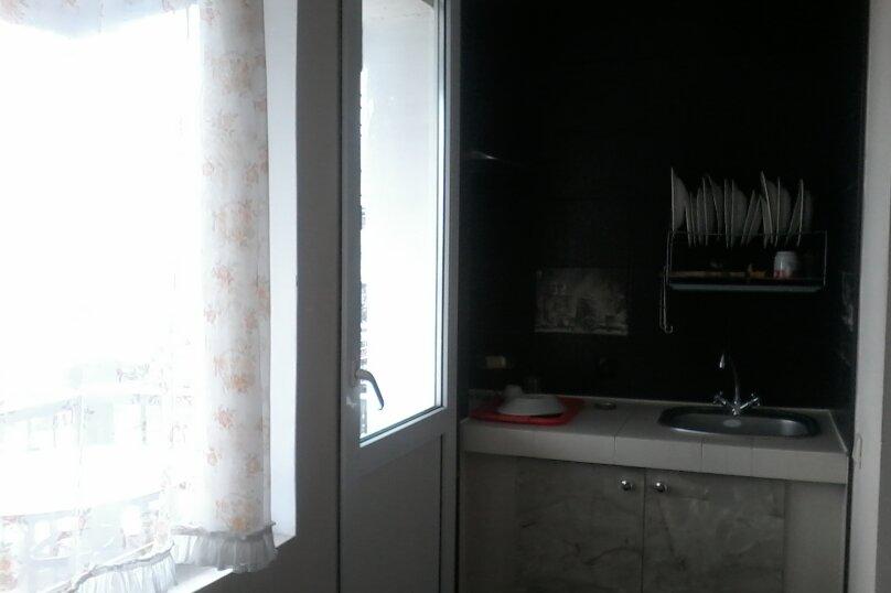 Номер на 4 х  с кухней , Данченко , 12, Ялта - Фотография 3