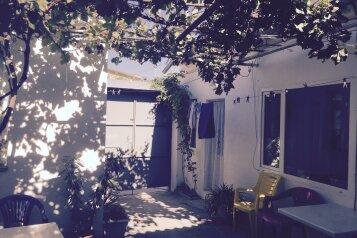 Сдам однокомнатный домик (эконом), улица Вити Коробкова на 3 номера - Фотография 4