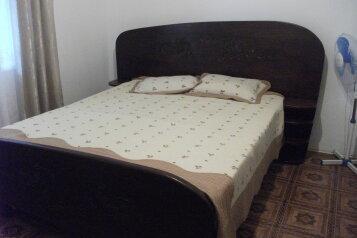 Дом на 3 спальни, 120 кв.м. на 15 человек, 3 спальни, улица Майора Жукова, Витязево - Фотография 4