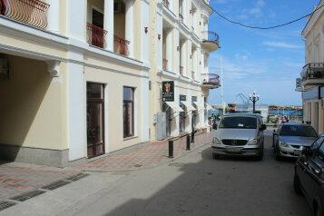 1-комн. квартира, 21 кв.м. на 3 человека, Морская улица, 1, Ялта - Фотография 1