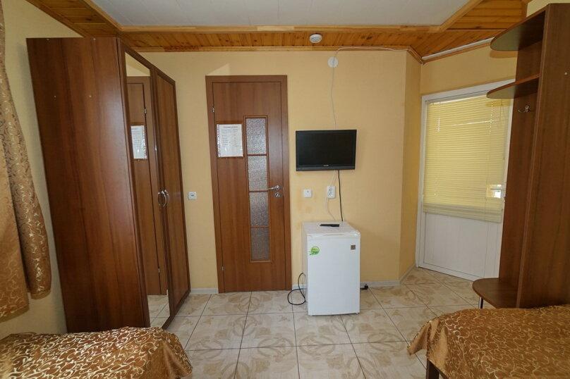 """Гостевой дом """"Виктория"""", Белый переулок, 1 на 18 комнат - Фотография 44"""