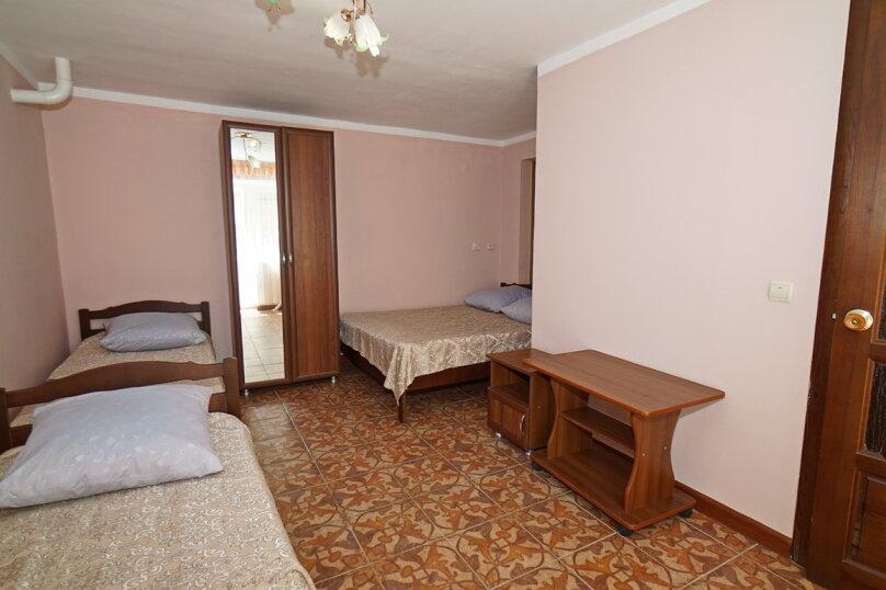 """Гостевой дом """"Виктория"""", Белый переулок, 1 на 18 комнат - Фотография 51"""