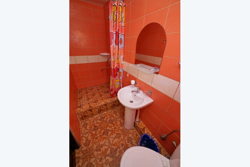 """Гостевой дом """"Виктория"""", Белый переулок, 1 на 18 комнат - Фотография 55"""
