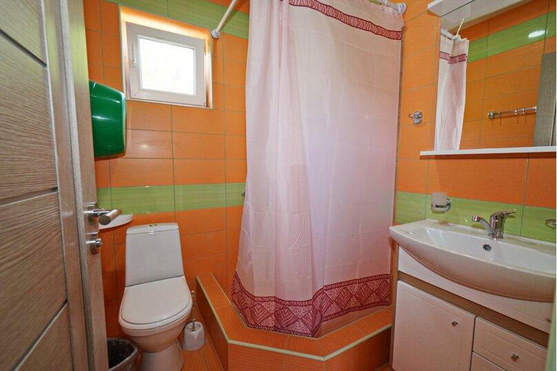 """Гостевой дом """"Виктория"""", Белый переулок, 1 на 18 комнат - Фотография 61"""