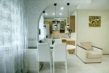 3-комн. квартира, 65 кв.м. на 6 человек, улица Ворошилова, 12, Воронеж - Фотография 2