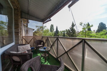 2-комн. квартира, 45 кв.м. на 4 человека, улица Подвойского, Гурзуф - Фотография 1