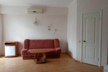 """Одноэтажный коттедж (2 спальни-номера со всеми удобствами и кухней, сдаются как вместе, так и по отдельности), 64 кв.м. на 6 человек, 1 спальня, СОТ """"Капсель"""", 94а, Судак - Фотография 4"""