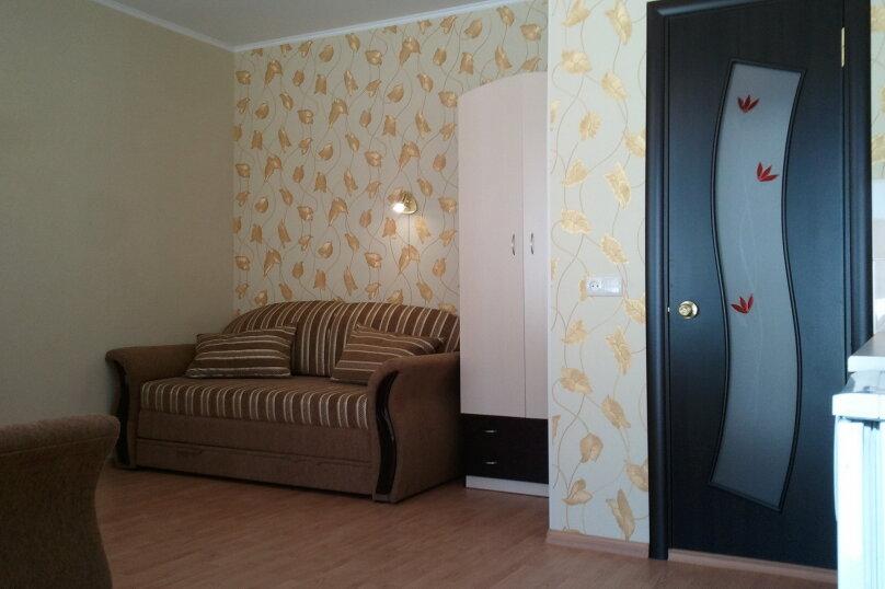 3 новых одинаковых коттеджа в Евпатории, улица Володарского, 41 на 3 номера - Фотография 2