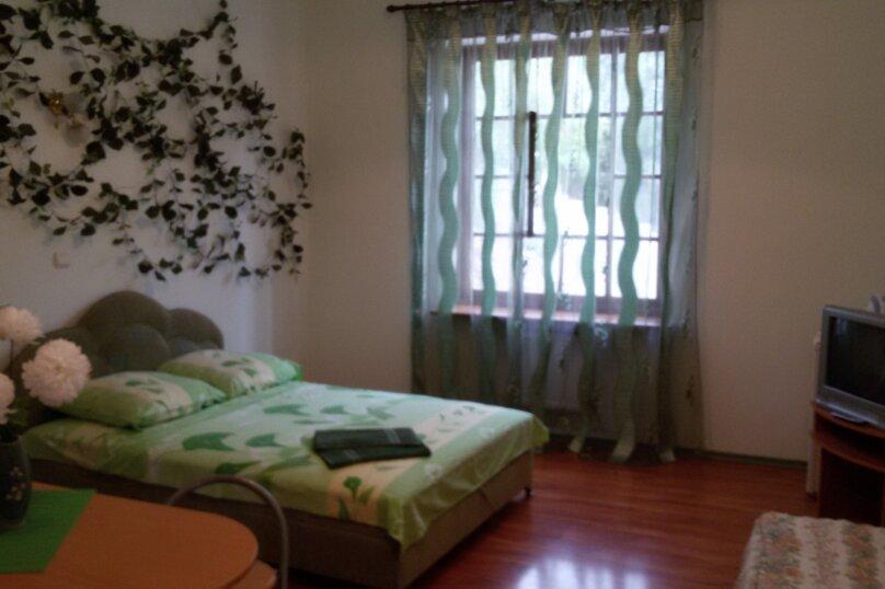 Зеленый, улица Изергина, 3, Алупка - Фотография 1