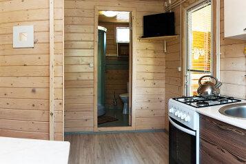 Деревянный коттедж №3, 37 кв.м. на 5 человек, 2 спальни, Приморская улица, Благовещенская - Фотография 3