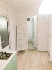 Деревянный коттедж №4, 37 кв.м. на 5 человек, 2 спальни, Приморская, 42, Благовещенская - Фотография 4