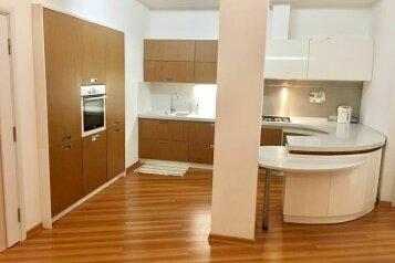 2-комн. квартира, 72 кв.м. на 4 человека, улица Самбурова, 158, Центр, Анапа - Фотография 1