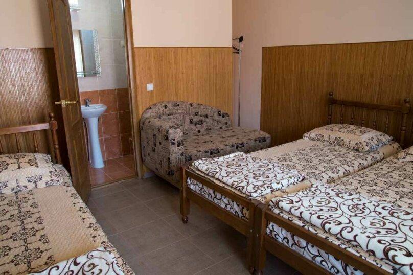 4-х местный с ванной комнатой (1 комнатный), Залесная улица, 7, Новофёдоровка, Саки - Фотография 1