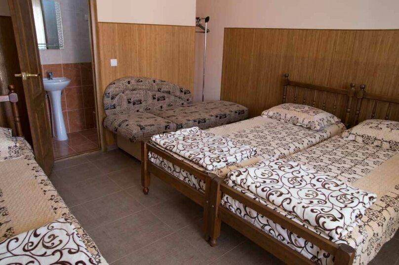 4-х местный с ванной комнатой (1 комнатный), Залесная улица, 7, Новофёдоровка, Саки - Фотография 4