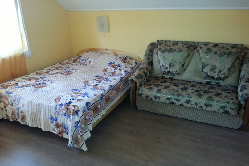 "Гостиница ""На Щедрина 14"", улица им. Вице-адмирала Щедрина, 14 на 4 комнаты - Фотография 5"