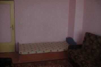 2-комн. квартира, 62 кв.м. на 5 человек, улица Димитрова, 1, Черноморское - Фотография 3