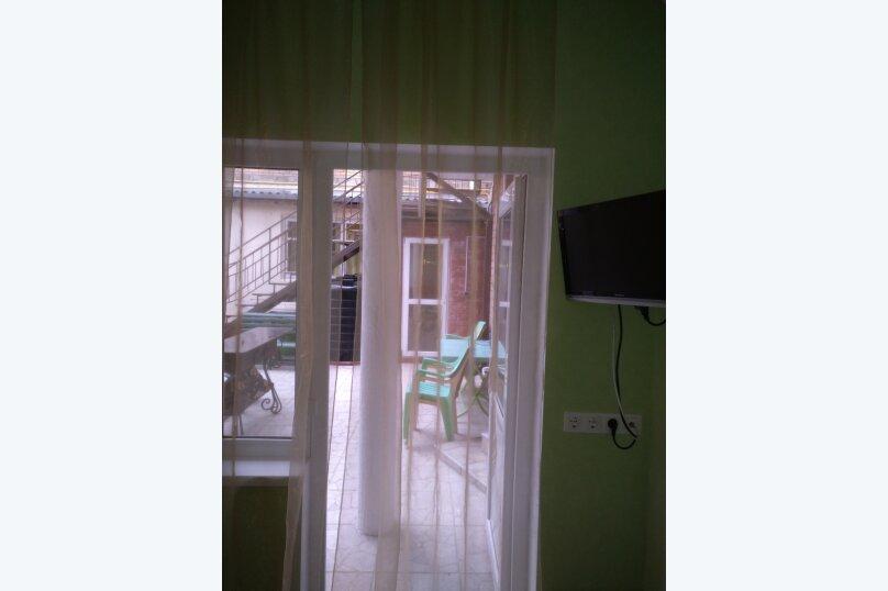 """Гостевой дом """"На Севастопольской 28"""", Севастопольская улица, 28 на 7 комнат - Фотография 50"""