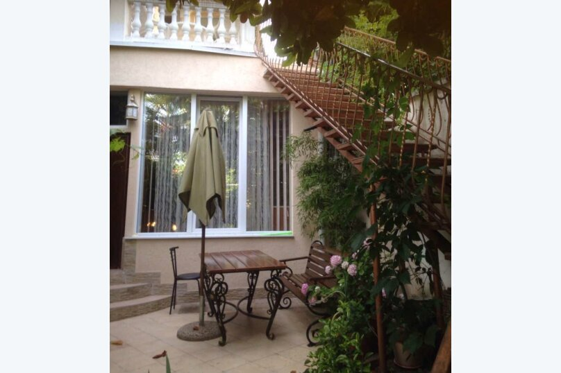 Гостевой дом  с двориком  студия №2 пляж чистый, 22 кв.м. на 3 человека, 1 спальня, Поликуровская улица, 5, Ялта - Фотография 3