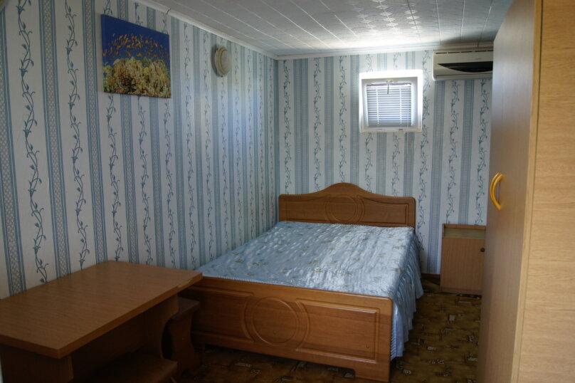 Двухместный номер (с 1 двуспальной кроватью), Зеленая, 12, Николаевка, Крым - Фотография 1