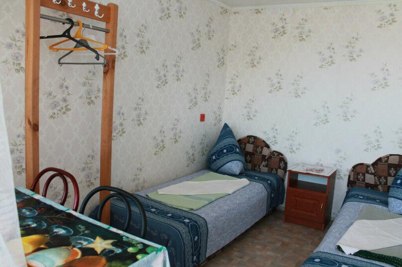 № 22, без удобств, 2 этаж, 2 чел. , улица Танкистов, 19, Судак - Фотография 1