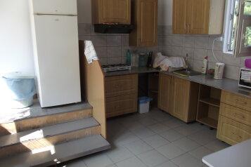 Гостевой дом, улица Халтурина на 4 номера - Фотография 1