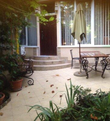 Гостевой дом с  двориком - студия № 1 , 22 кв.м....