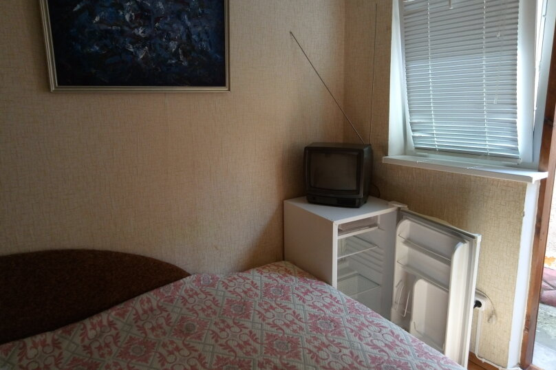 """Гостевой дом """"У реки """", Береговая улица, 2 на 6 комнат - Фотография 20"""