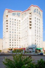 Гостиница, Красноармейский проспект, 72 на 25 номеров - Фотография 1