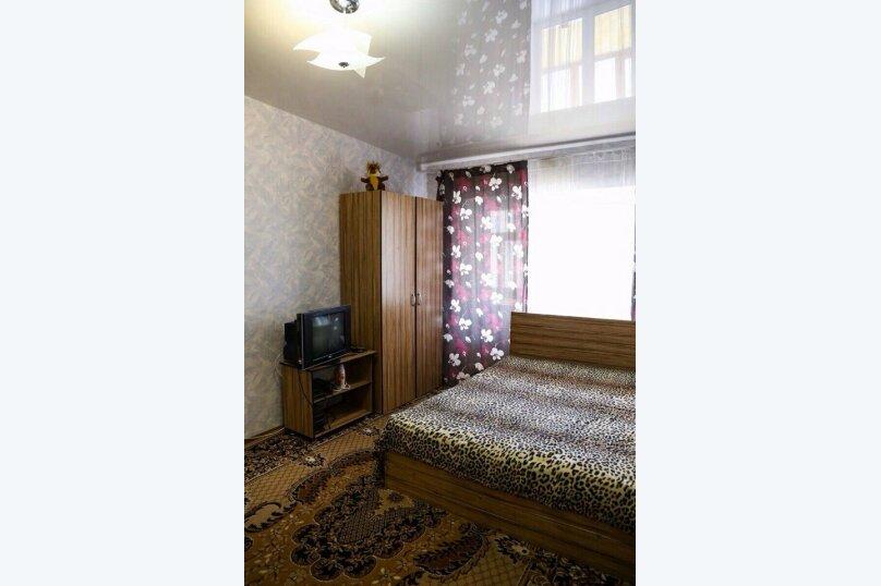 1-комн. квартира на 5 человек, улица Гагарина, 6, Ставрополь - Фотография 2