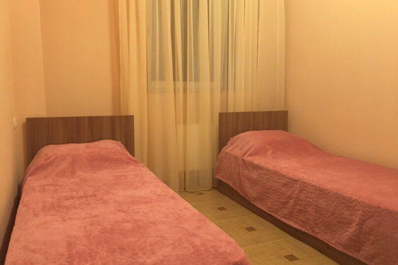 Дом, 60 кв.м. на 4 человека, 2 спальни, Изобильная улица, 1, Алушта - Фотография 3