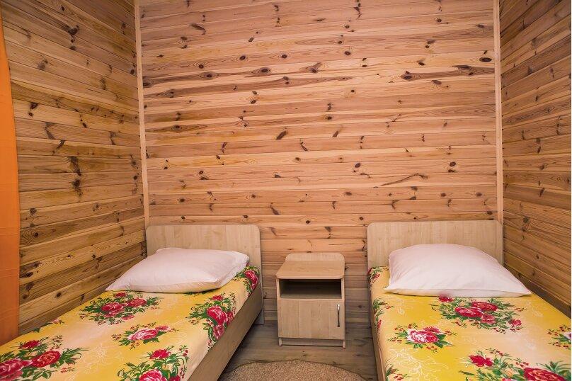 Летний домик 2, 30 кв.м. на 4 человека, 1 спальня, улица Космонавтов, 26, Форос - Фотография 2