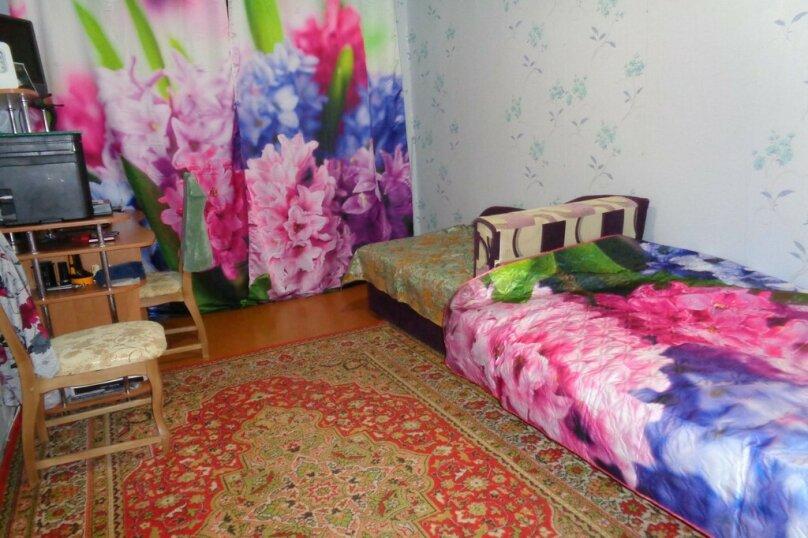 3-комн. квартира, 62 кв.м. на 8 человек, Севастопольская улица, 14, Саки - Фотография 4