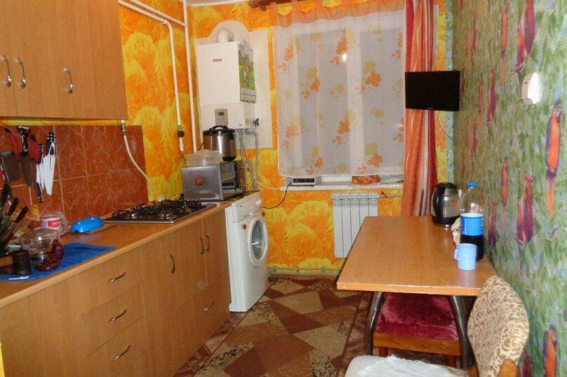 3-комн. квартира, 62 кв.м. на 8 человек, Севастопольская улица, 14, Саки - Фотография 7