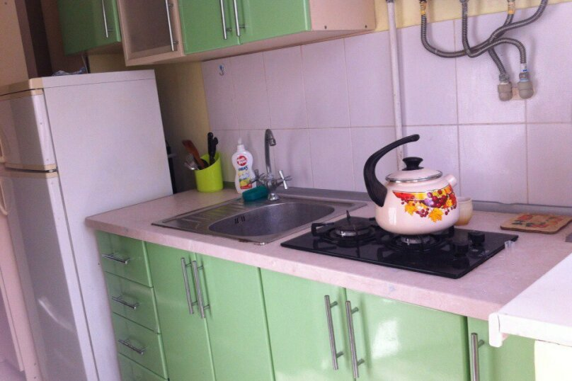 1- но комнатный дом, 30 кв.м. на 3 человека, 1 спальня, улица Кирова, 12, Евпатория - Фотография 8