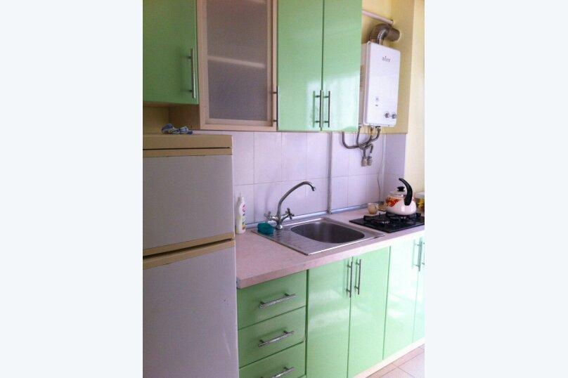 1- но комнатный дом, 30 кв.м. на 3 человека, 1 спальня, улица Кирова, 12, Евпатория - Фотография 9
