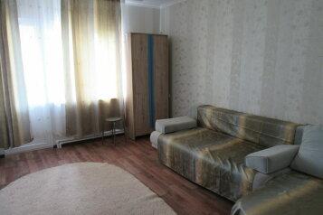 Сдается второй этаж дома посуточно, 103 кв.м. на 9 человек, 4 спальни, улица Лизы Чайкиной, Севастополь - Фотография 2