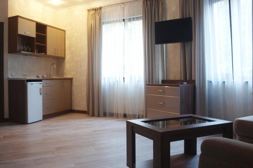 Отдельная комната, Алупкинское шоссе, 15, Кореиз - Фотография 1