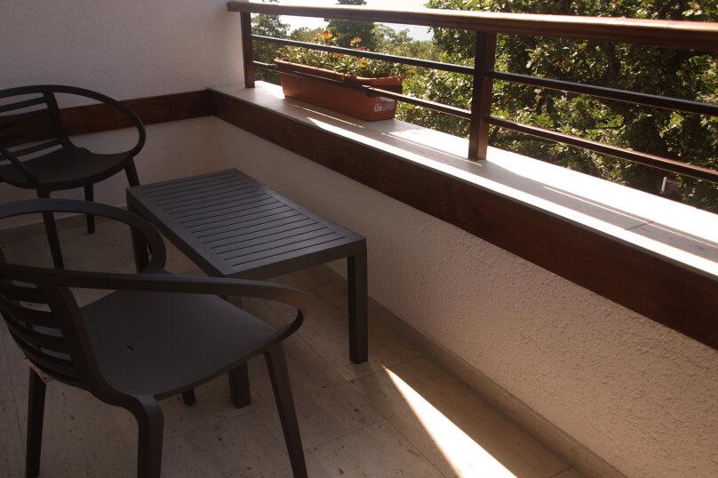 Однокомнатный номер с балконом и видом на море, Алупкинское шоссе, 15, Кореиз - Фотография 6