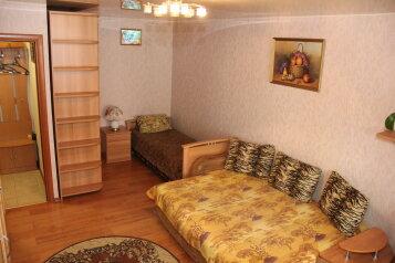 1-комн. квартира, 38 кв.м. на 3 человека, улица Ленина, 49, Хабаровск - Фотография 4