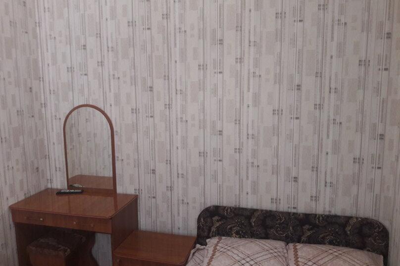2-х местный эконом с двухспальной кроватью, Ленина , 12 Б, Туапсе - Фотография 1