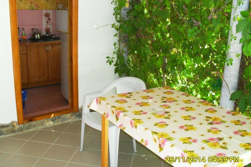 Дачный домик, 25 кв.м. на 5 человек, 2 спальни, Морская, 6, поселок Орджоникидзе, Феодосия - Фотография 14