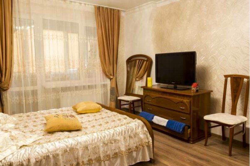 3-комн. квартира, 86 кв.м. на 6 человек, Стахановская, 12 к.1, Ялта - Фотография 3