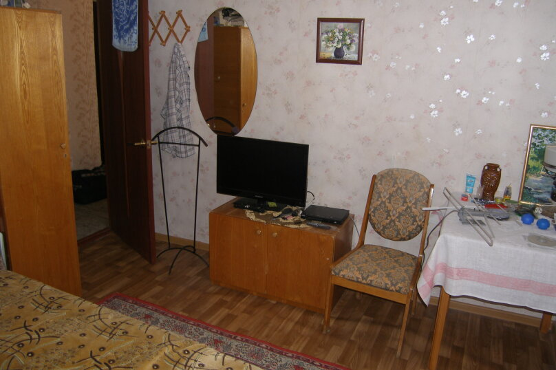 2-комн. квартира на 5 человек, улица Лакоба, 2, Гагра - Фотография 7