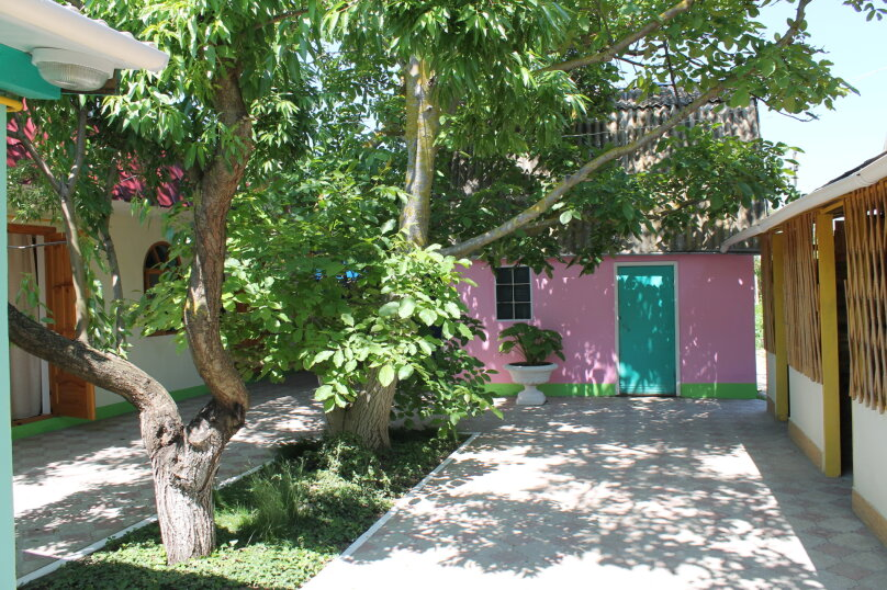 """Гостевой дом """"Green Park"""", улица Гагарина, 64 на 8 комнат - Фотография 1"""