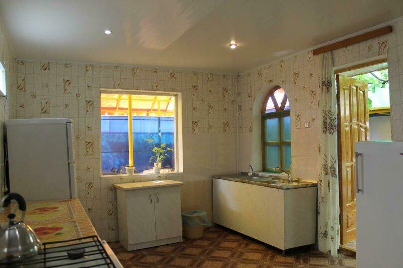 Номер на 4 человека 2 комнаты, кондиционер, гелио система., улица Гагарина, 64, Феодосия - Фотография 3