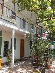 Гостевой дом, Зелёная улица на 6 номеров - Фотография 1
